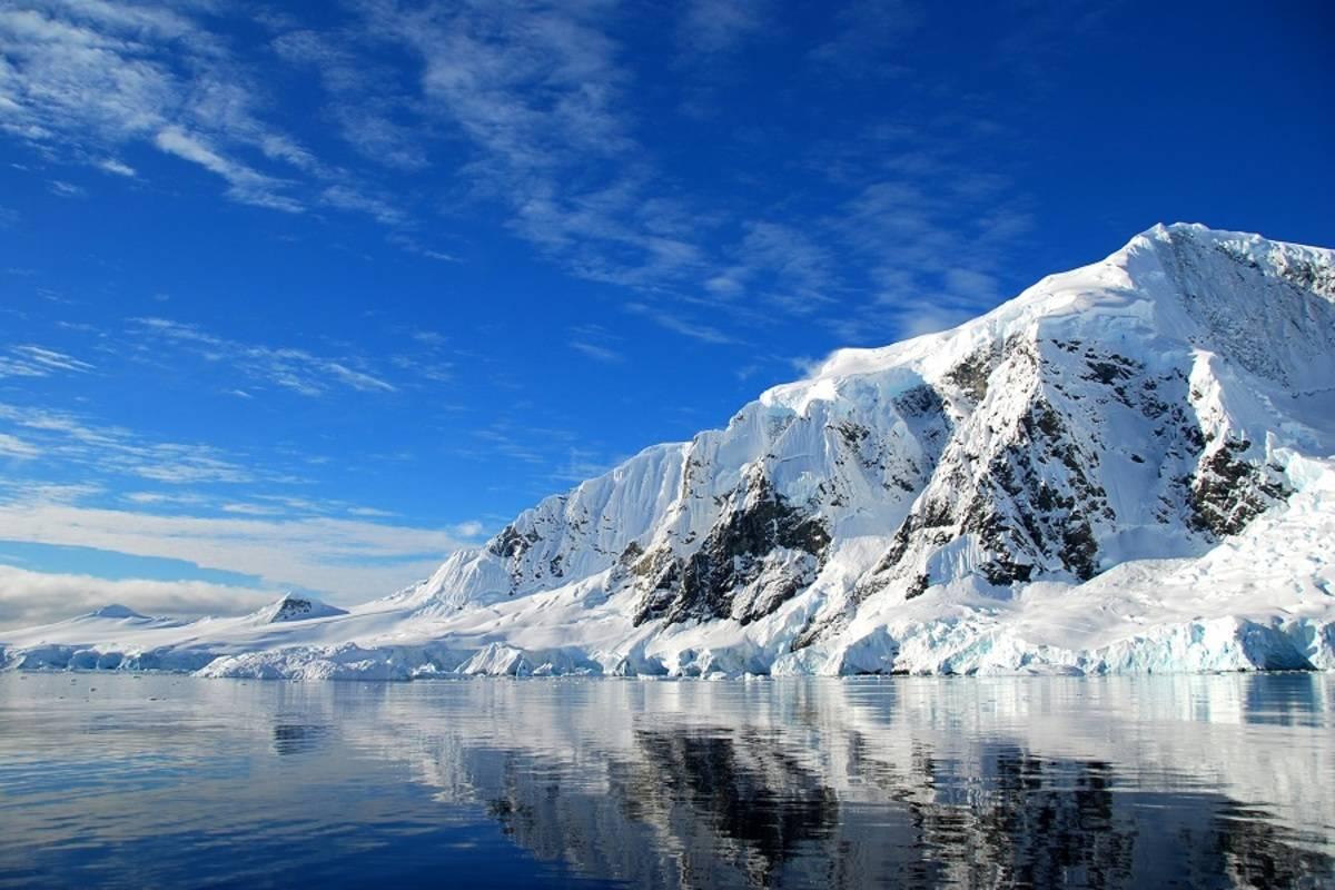 Le Boreal: Emblematic Antarctica