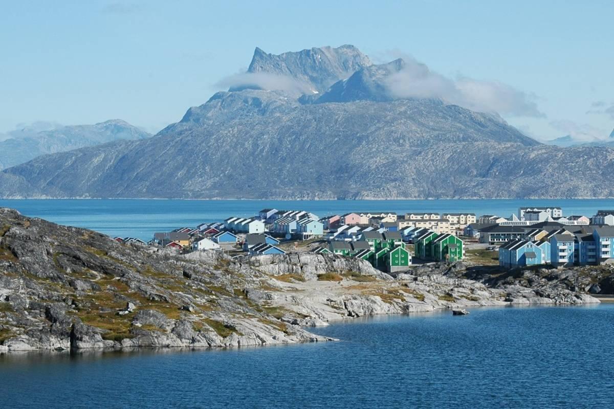 Ocean Diamond: Iceland & Natural Wonders of Greenland