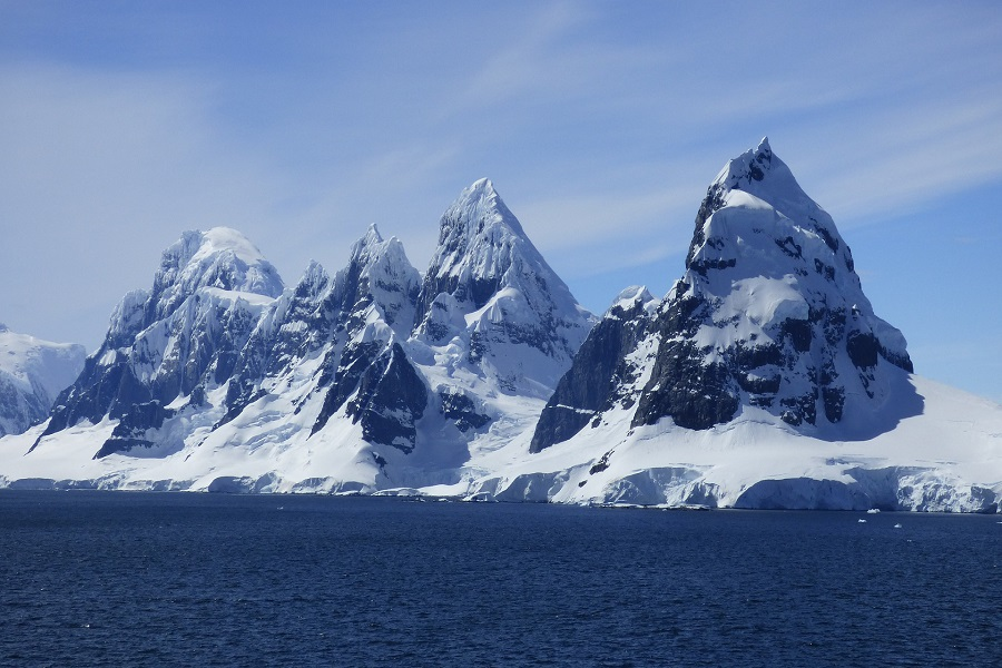 G Expedition: Quest for the Antarctic Circle