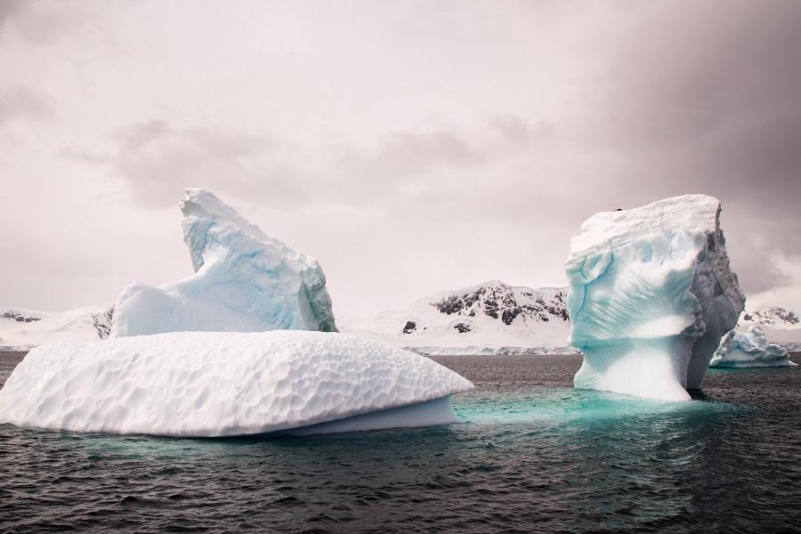 M/V Hebridean Sky: Antarctica Express Fly/Cruise Reverse