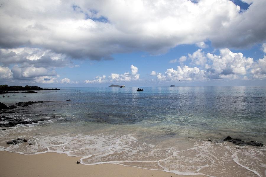 8 Day M/Y Aida Maria: Eastern Galapagos Islands