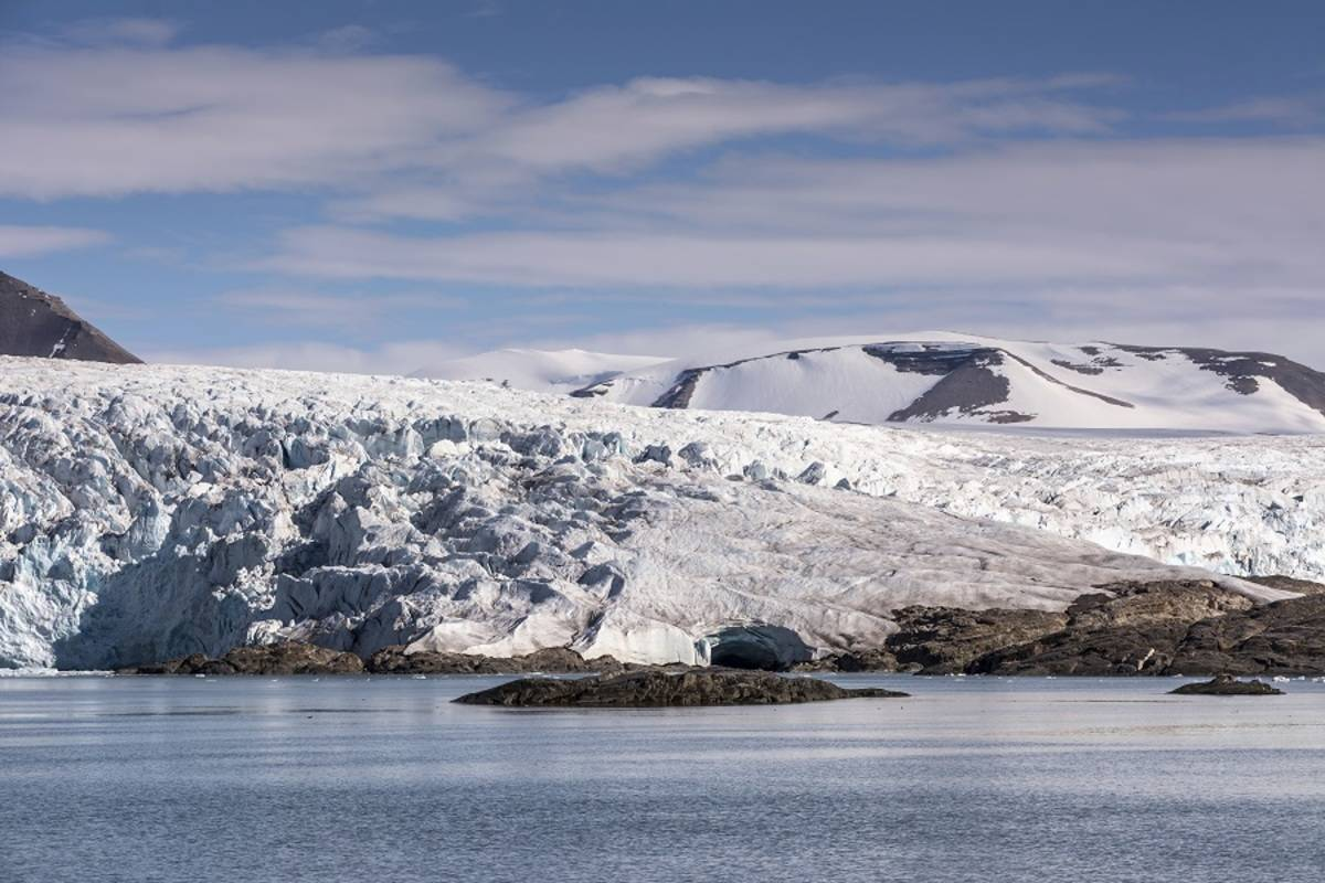 Greg Mortimer: Svalbard Odyssey (B)