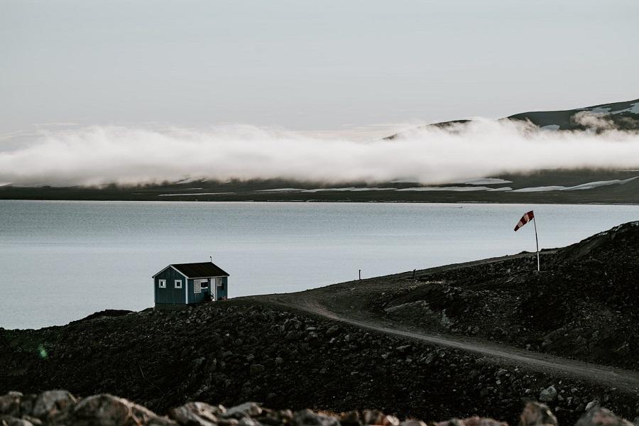 RCGS Resolute: Classic Northwest Passage & Greenland - Eastbound