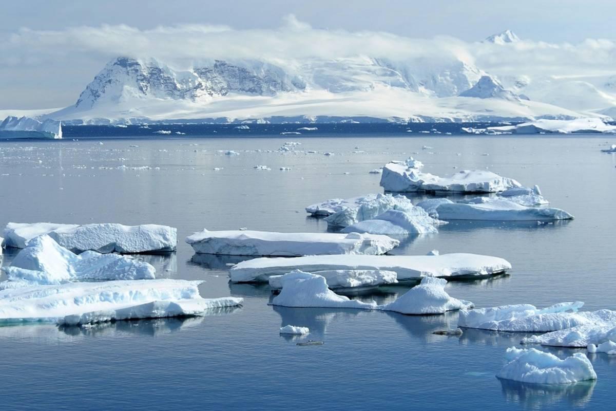 L'Austral: Emblematic Antarctica