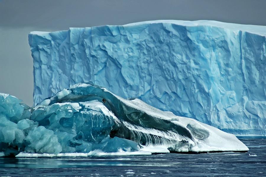 M/V Plancius: Weddell Sea - Antarctic Discovery