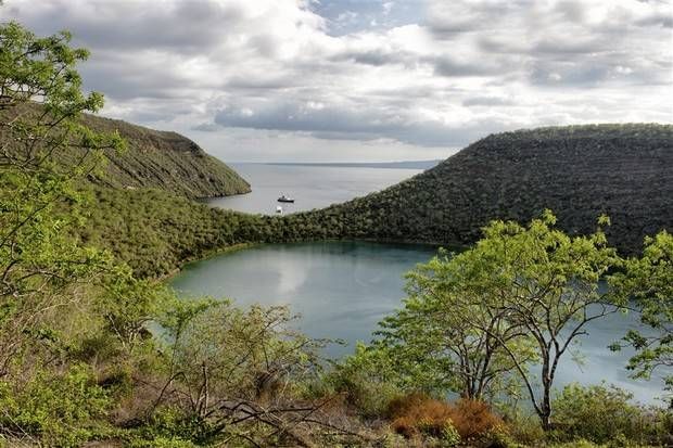 M/Y Sea Star Journey: Central South Galapagos Islands