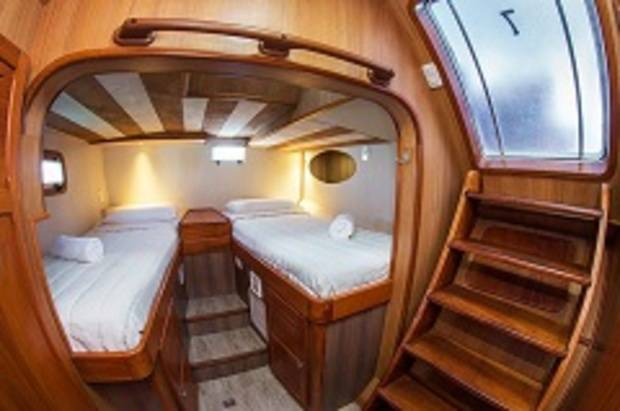 Standard Double Cabin - Single Beds