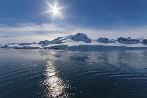 Magellan Explorer: Patagonia & Antarctica Fly/Cruise
