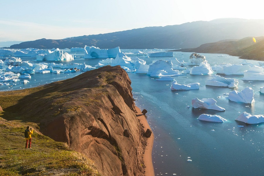 Ocean Adventurer: Four Arctic Islands - Spitsbergen, Jan Mayen, Greenland and Iceland