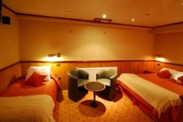 Atenas Deck - Double Cabin