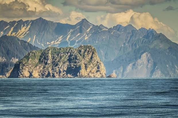 NG Orion: Across the Bering Sea - From Katmai to Kamchatka