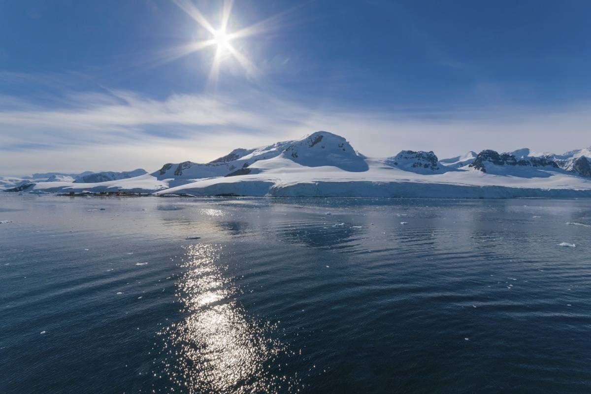 Antarctic Peninsula - Basecamp