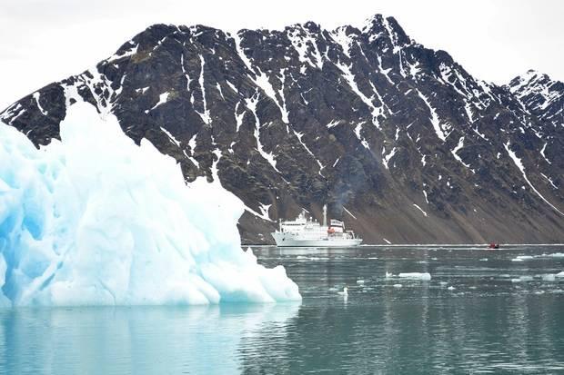 RCGS Resolute: Spitsbergen Explorer
