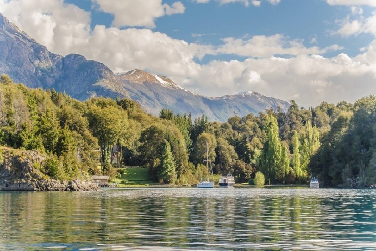 Argentina Solar Eclipse 2020: Glamping and Glaciers
