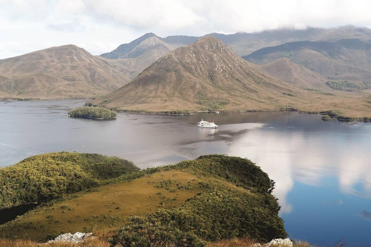 Circumnavigation Cruise of Tasmania