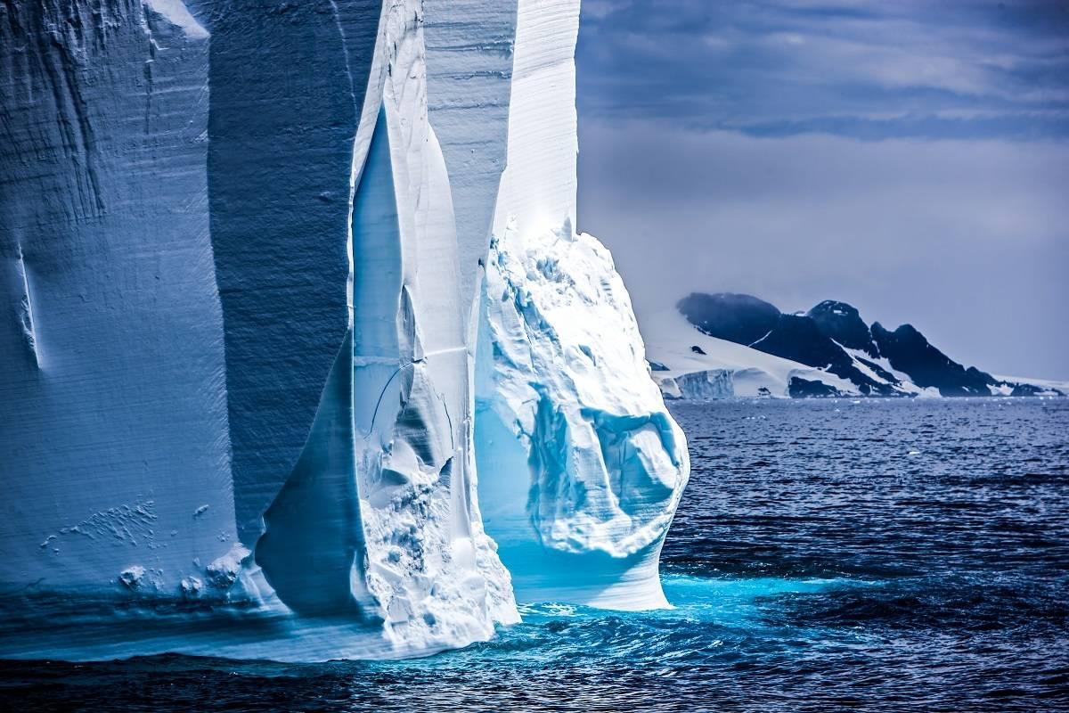 The X-Bow Express - Destination Antarctica